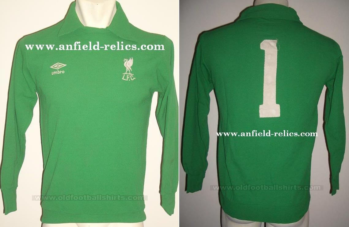 3081795e25c 1982-83 Home goalkeeper shirt long sleeve № 1 (without Crown Paints logo