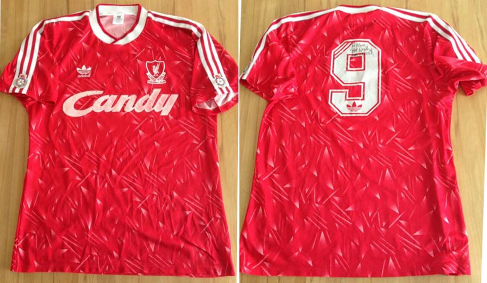 new products 2d2ed d4a9a The History Liverpool FC Kits 1990 - 1991