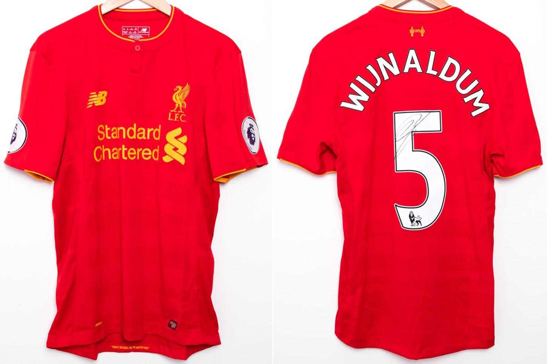 770899400728 2016-17 Premier League Home player shirt short sleeve № 5 Georginio  Wijnaldum (worn, signed, box set) - image with site www.liverpoolfc.com